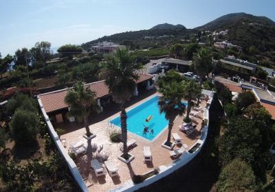 Hotel Resort La Canna Srl